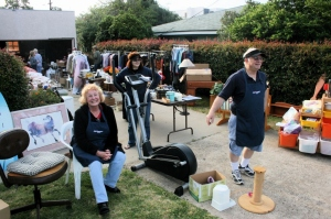 yard.sale.ann.jane (1024x682)